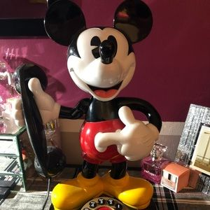 Mickey Mouse phone excellent condition